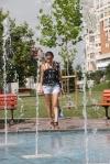 Vara-Torida-Tg-Jiu___Woman-and-Fountain__IMG_6865